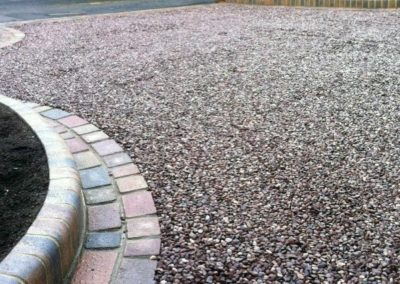 gravel-driveway-exterior-design